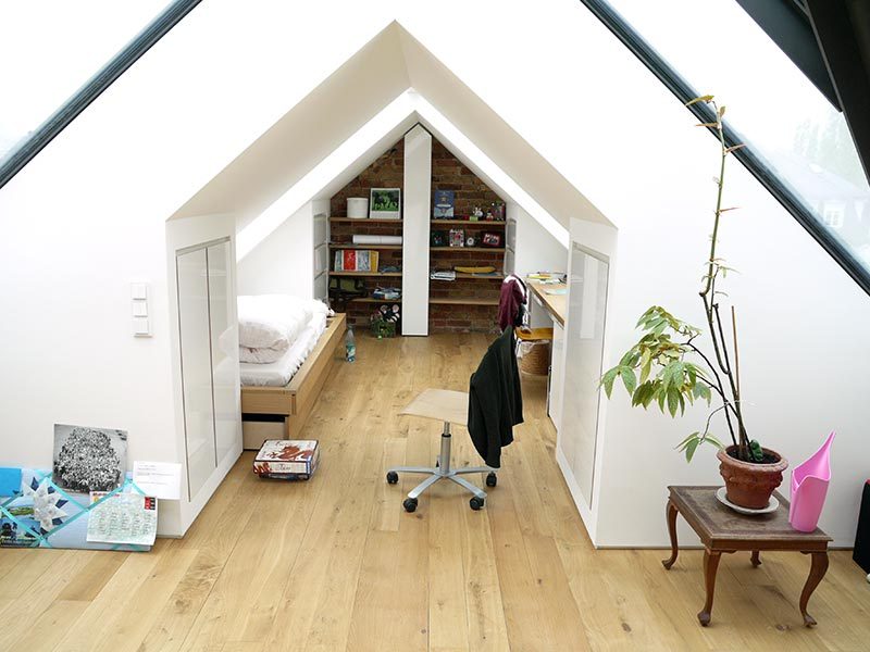dachausbau heruday innenausbau. Black Bedroom Furniture Sets. Home Design Ideas